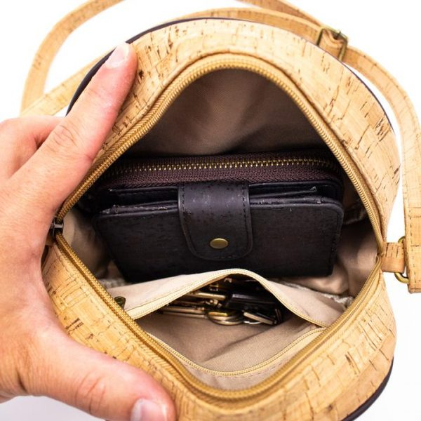 Στρογγυλή τσάντα φελλού χιαστί