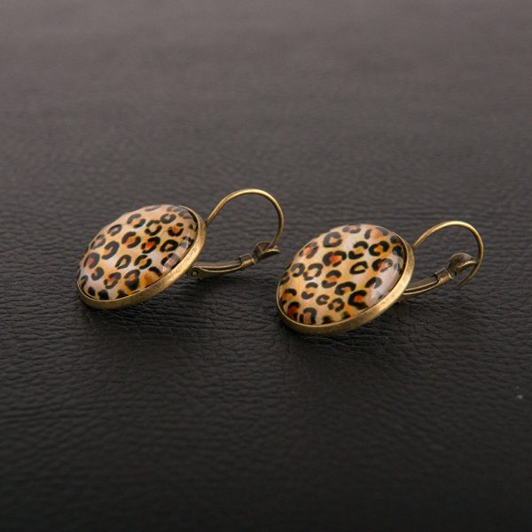 Leopard σκουλαρίκια με υγρό γυαλί